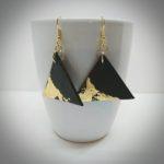 l'atelier de Viliv boucles triangulaires noires et or