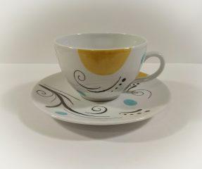 tasse et sous tasse arabesques